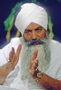 yogi_bhajan-4
